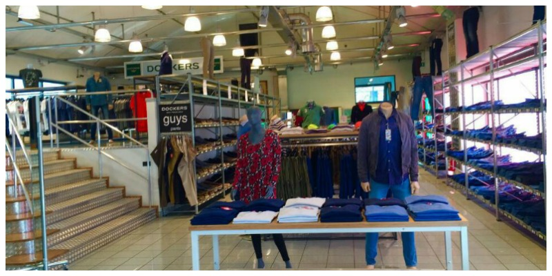 outlet milano levis dockers