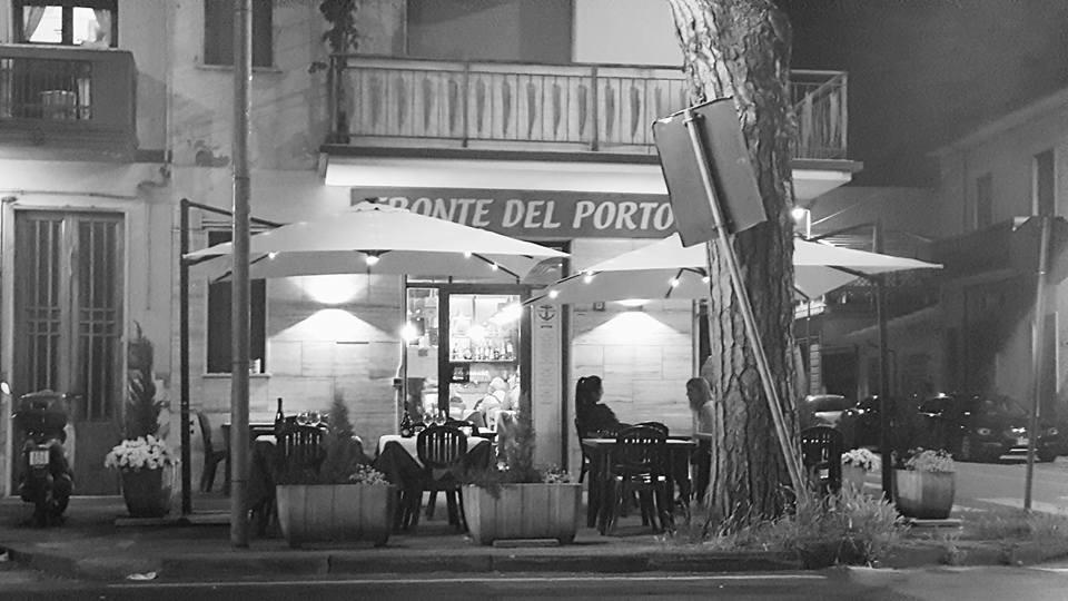 Fronte del Porto outside